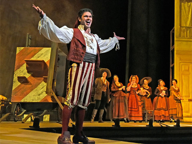 Elliot Madore as Figaro in Barber of Seville, 2015